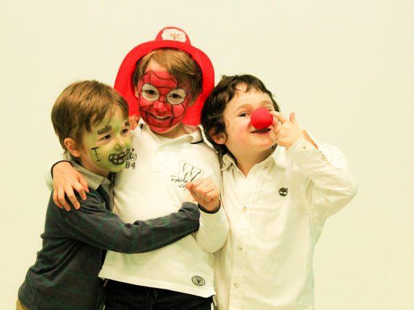 travestimenti per bambini feste
