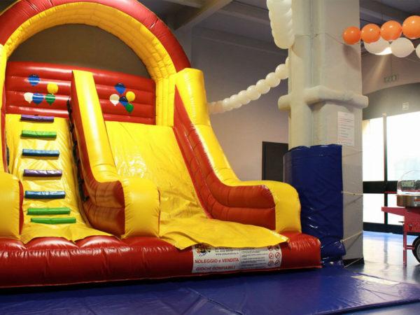 Robert Cutty Kids_tobogã inflável para festas infantis-RC Kids