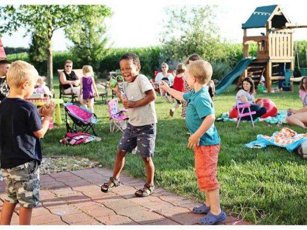 birthday parties open space with entertainment