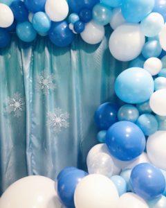 Arco organico Frozen per festa di compleanno